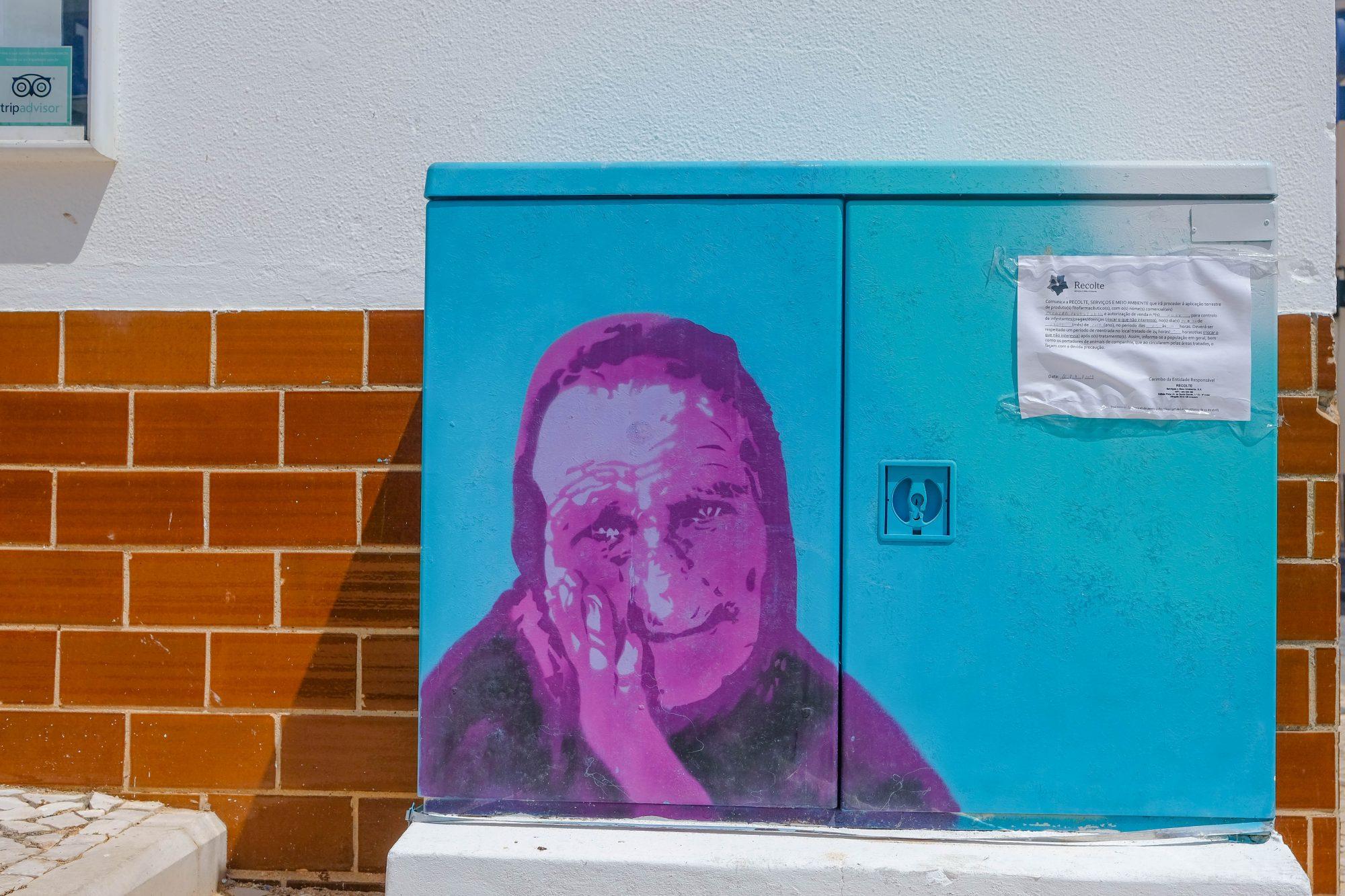 Carvoeiro détail de street art dans le sud du Portugal