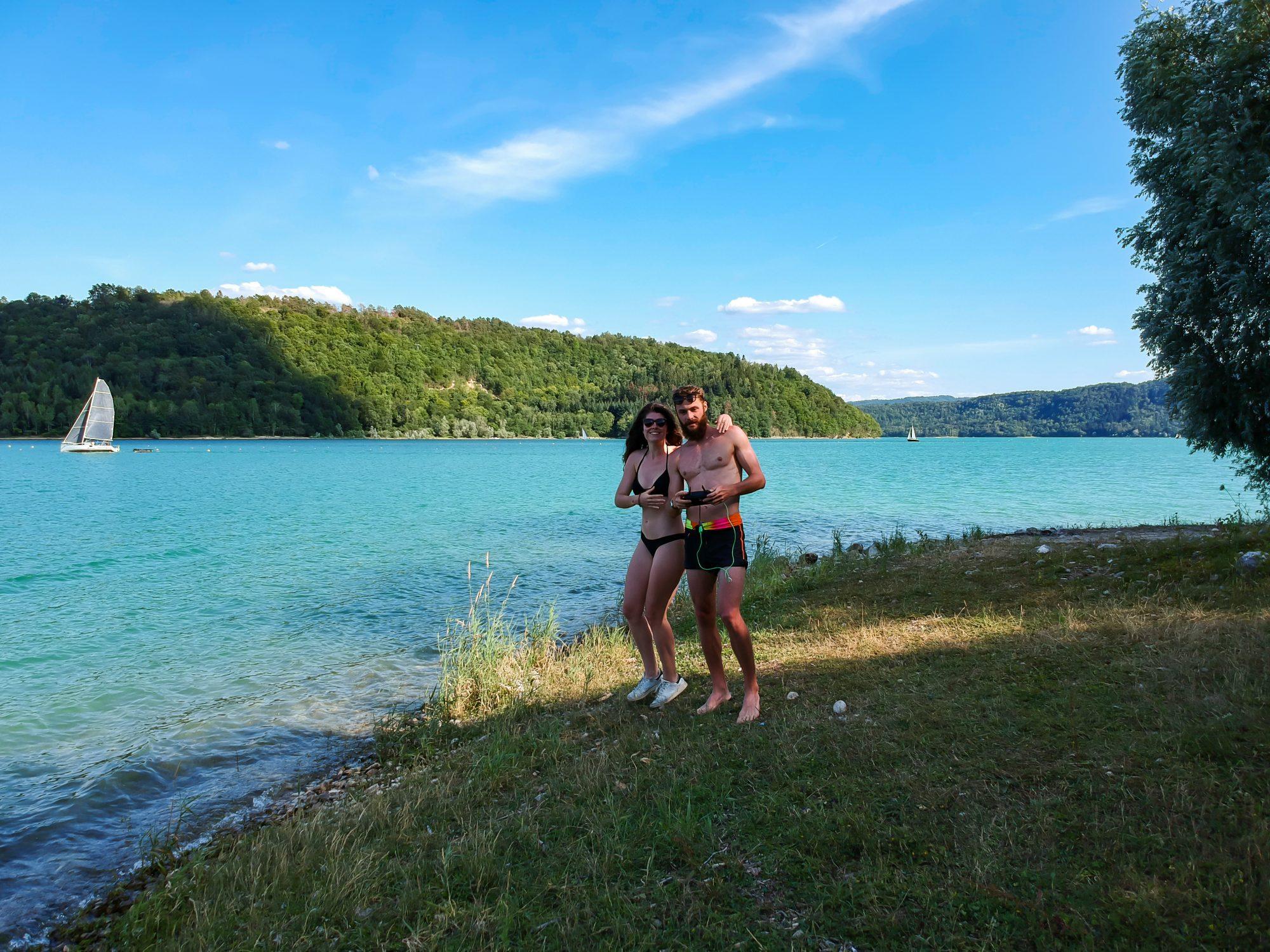 Les Paresseux Curieux à Vouglans - Lac de Vouglans Orgelet