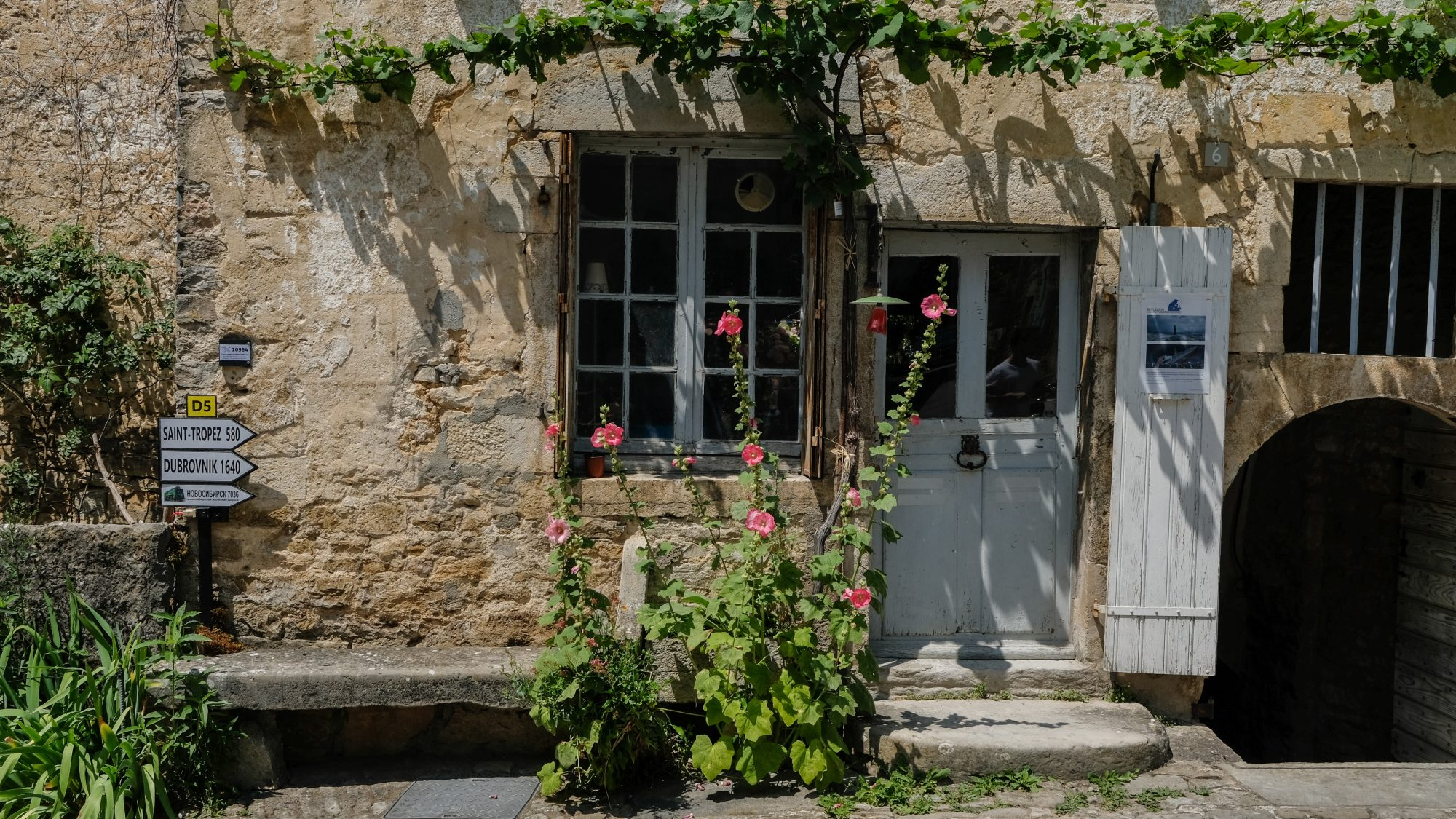 Saint tropez 580km - Chateau-Chalon, Jura