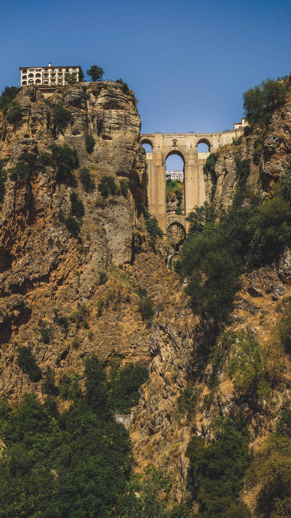Drone sous le pont nouveau - Ronda, Espagne
