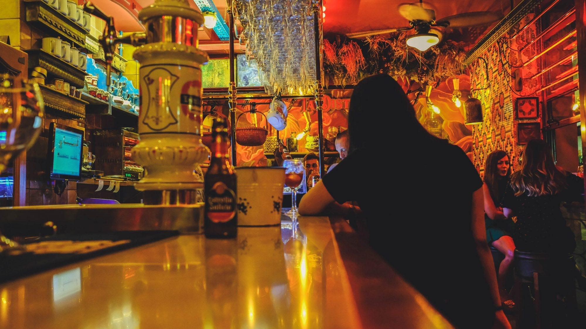 Disloque, bar dans le la calle virgen del rosario, Grenade, Andalousie
