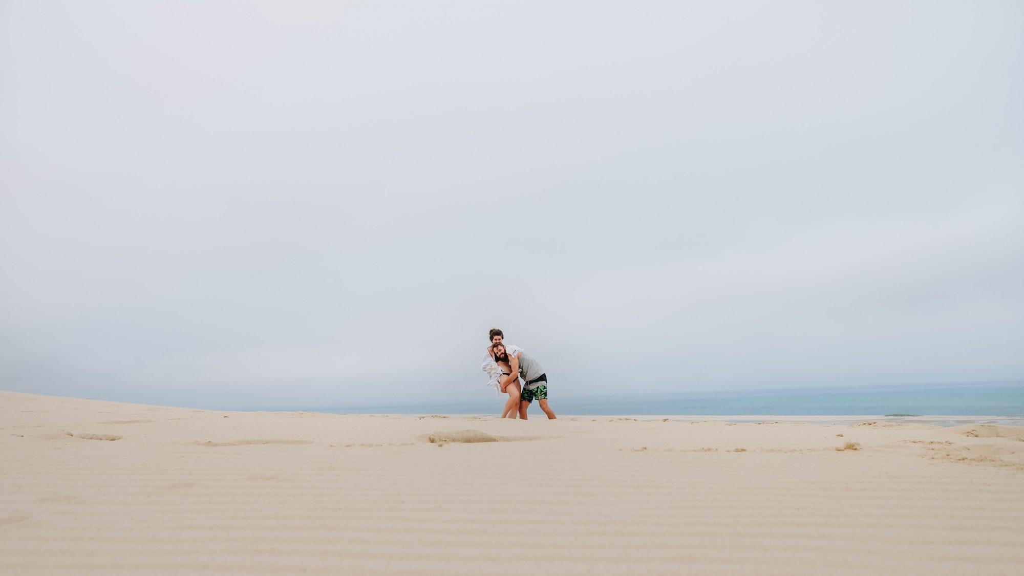 Les paresseux curieux sur la Dune du Pilat