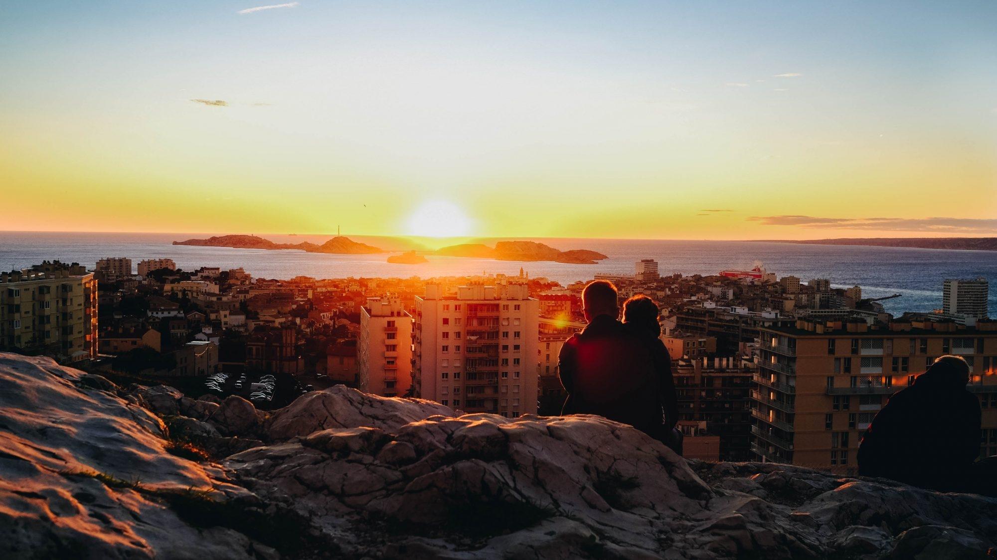 Coucher de soleil sur la mer Marseille