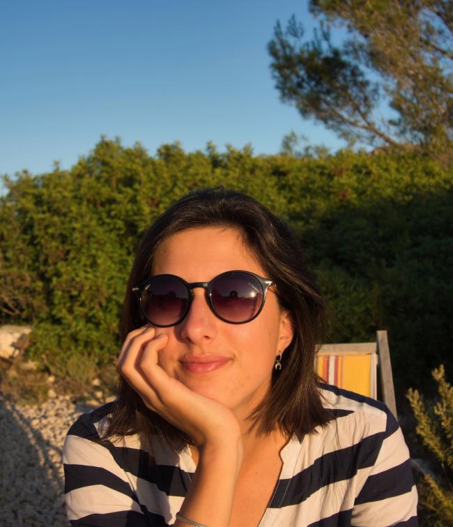 Portrait de Julie, d'Escapas qui raconte son histoire de voyageur